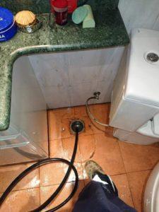 Απόφραξη σιφωνιού μπάνιου στο Περιστέρι